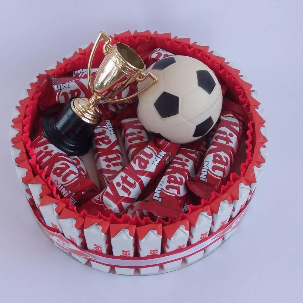 Что подарить парню увлекающемуся футболом. самодельный презент для футболиста. винтажный шарф для фанатов нба