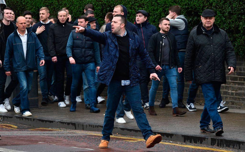 История о том, как чисто английская разновидность футбольного хулиганства распространилась на весь мир