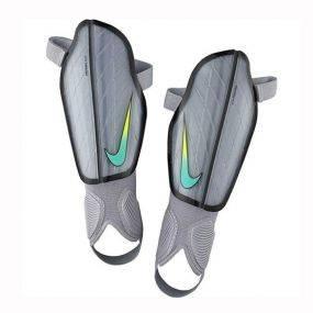 Как правильно подобрать хоккейные щитки на ноги. как подобрать хоккейные щитки правильно? уход за оборудованием