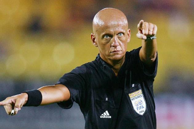 Нарушения правил и неспортивное поведение футболистов