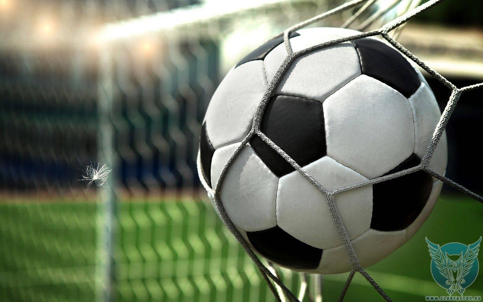 Топ-10 самых дорогих футбольных трансферов