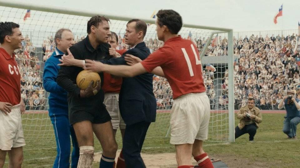 Список топ 10 лучших фильмов про футбол