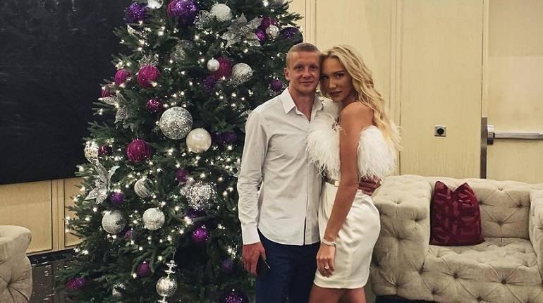 Красивые жены и девушки известных футболистов мира: фото подборка от football-match24.com