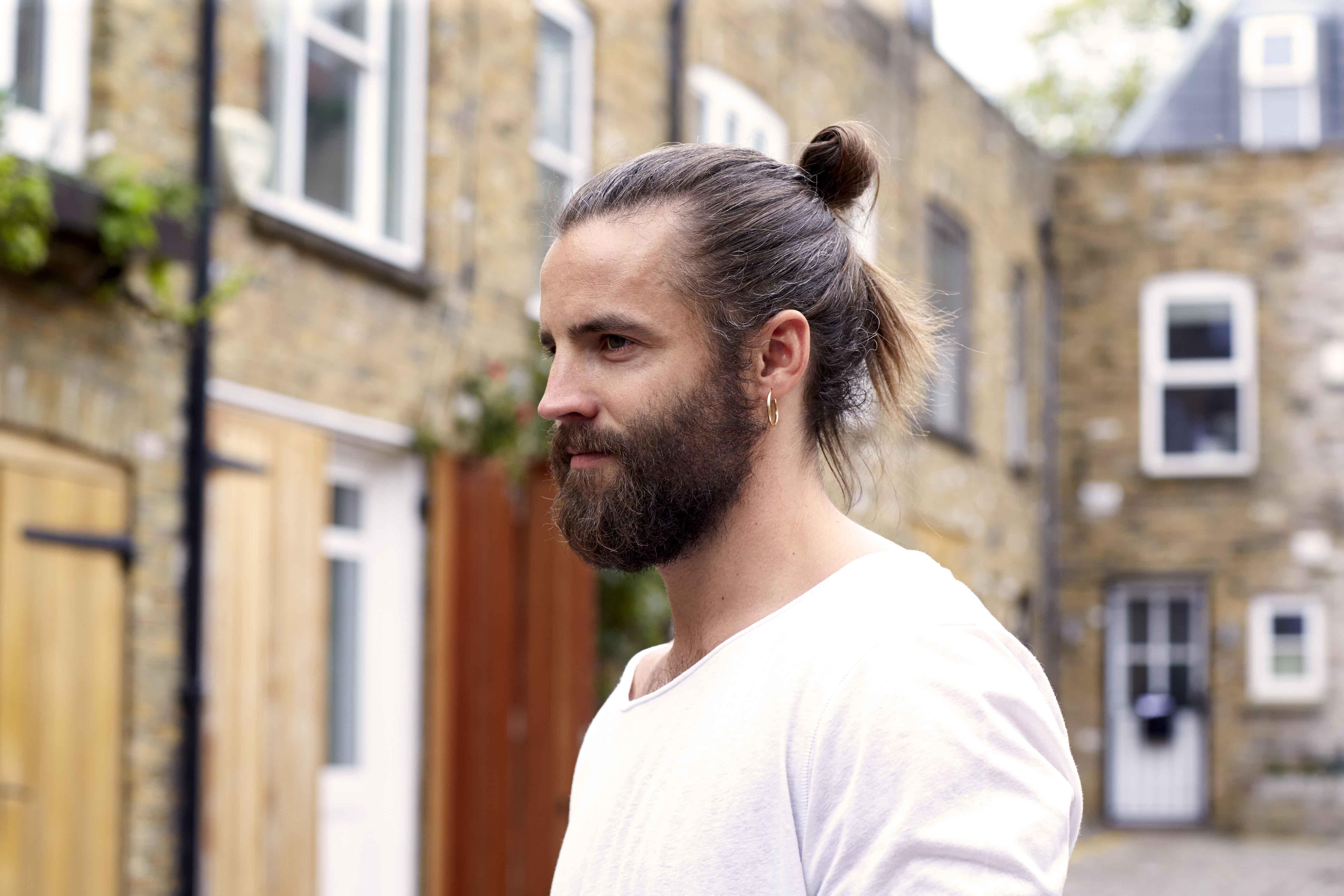 19 самых модных мужских стрижек: фото и идеи