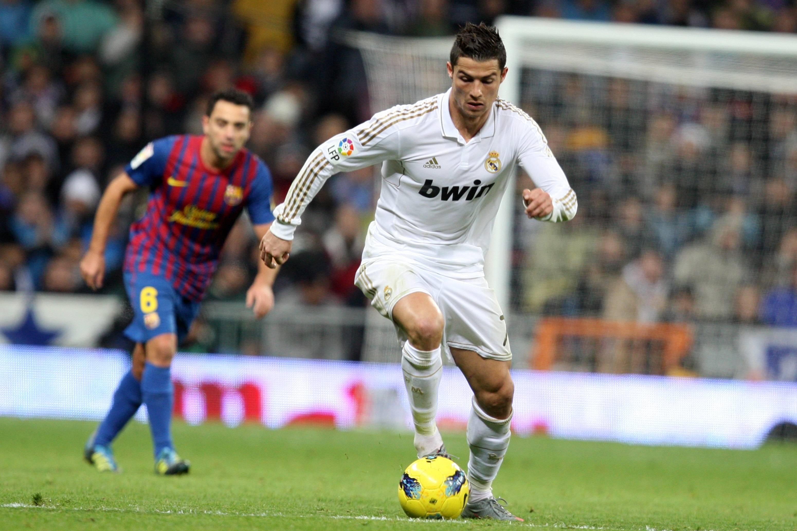 Самые быстрые футболисты в мире: топ-10 лучших спринтеров