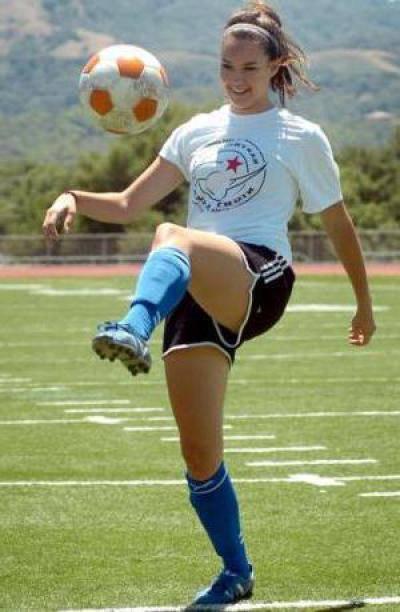 Как набивать мяч на ноге – практические советы