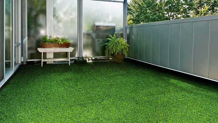 Как выбрать искусственный газон