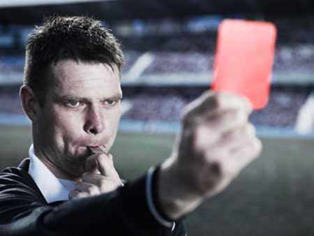 Лысый судья в футболе фамилия. знаменитый лысый судья в футболе