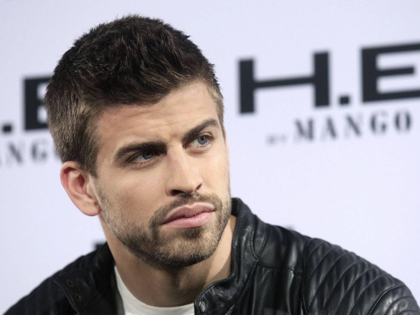 Топ-10 самых красивых футболистов мира