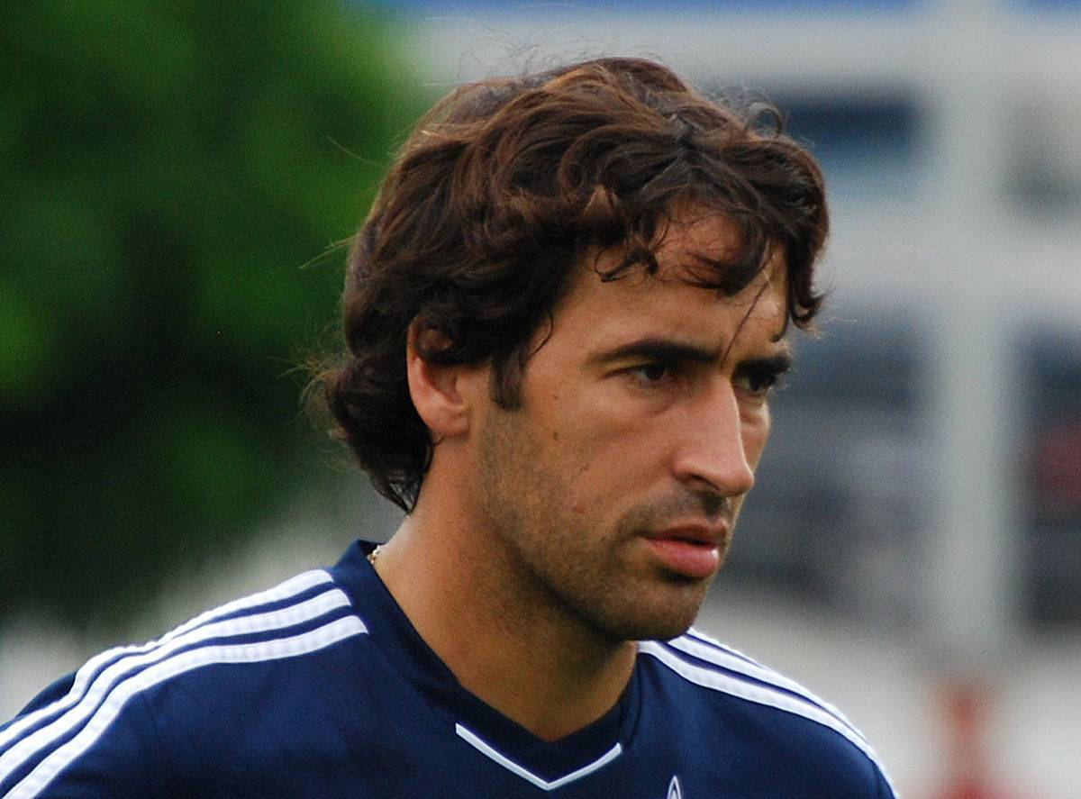 Рауль гонсалес, испанский футболист: биография, рейтинг, статистика, профиль футболиста