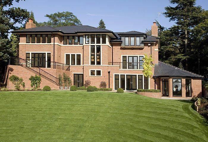 10 самых дорогих домов, принадлежащих известным футболистам (фото)