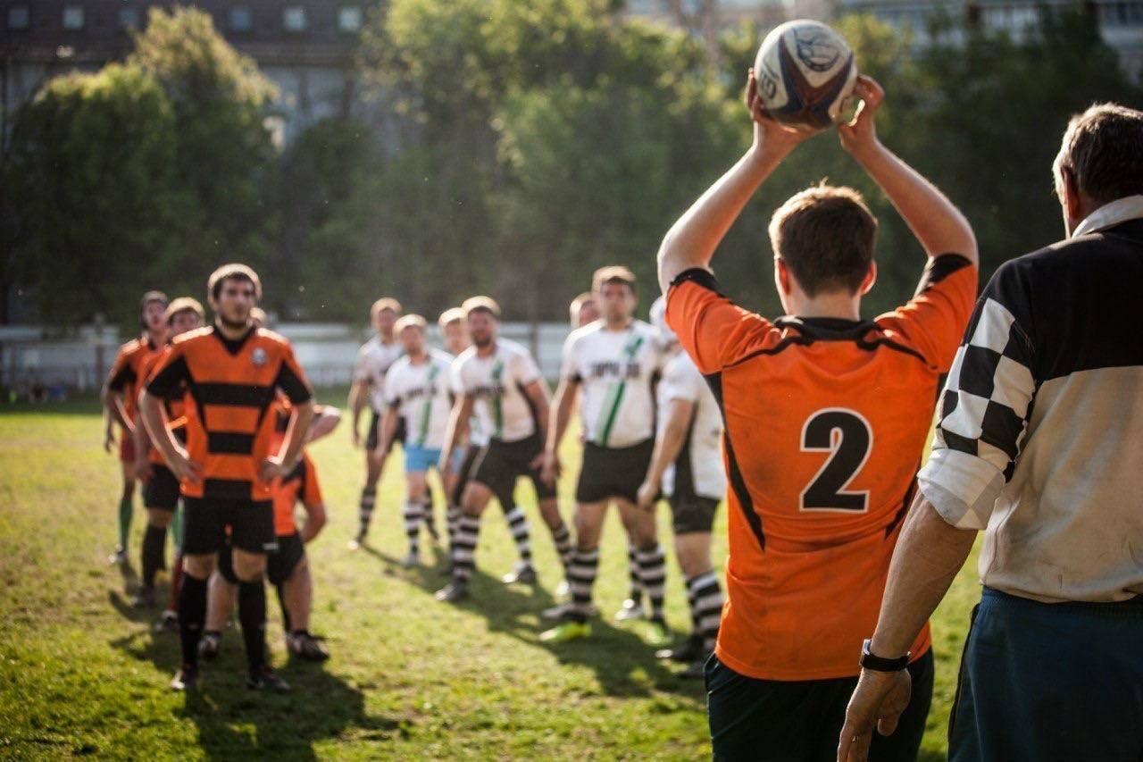 Американский футбол и регби: разница в мелочах