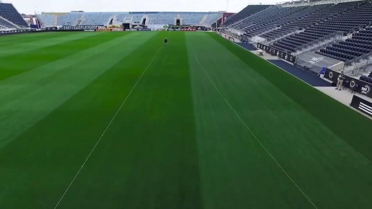 Размеры футбольного поля в метрах по правилам фифа