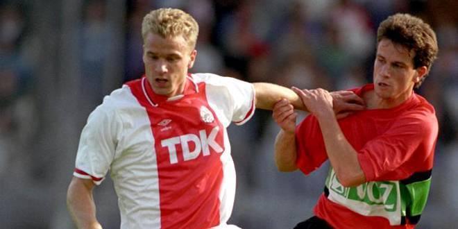 Нидерландский футболист бергкамп деннис: биография, спортивная карьера