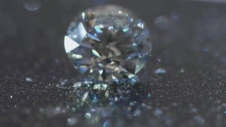 """Модель """"двойного алмаза"""": как применять ее к дизайн-мышлению и ux"""