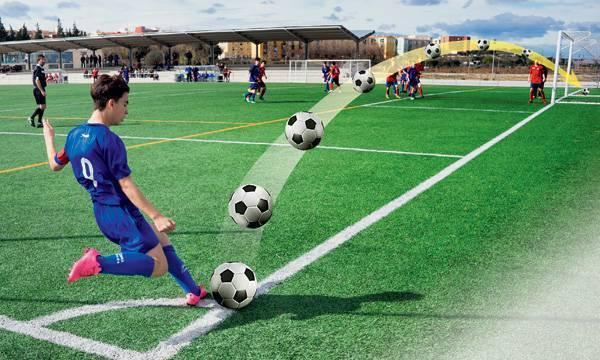 Как научиться бить крученым ударом. как бить крученый мяч в футболе