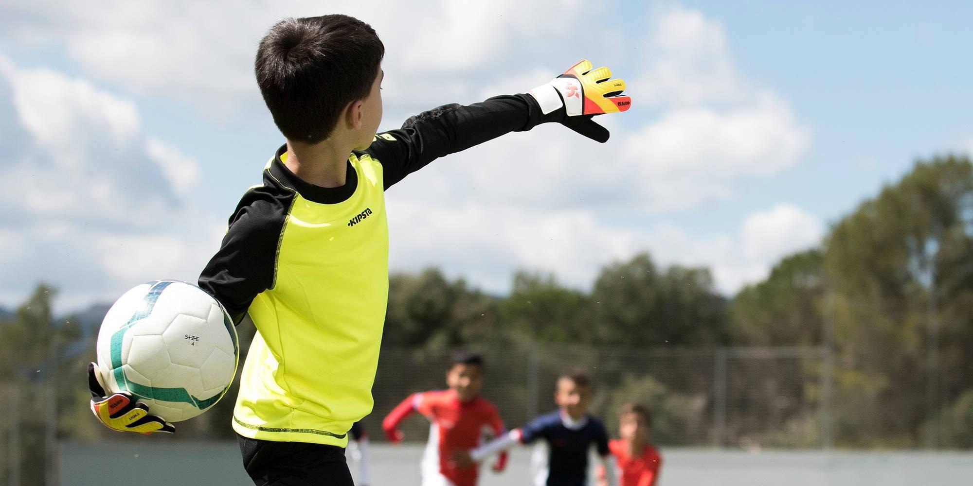 Что развивает футбол у детей