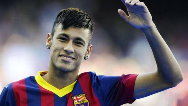 10 самых красивых футболистов в мире