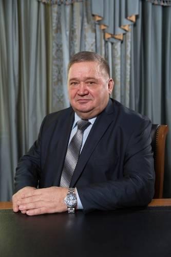 Александр алиев. биография