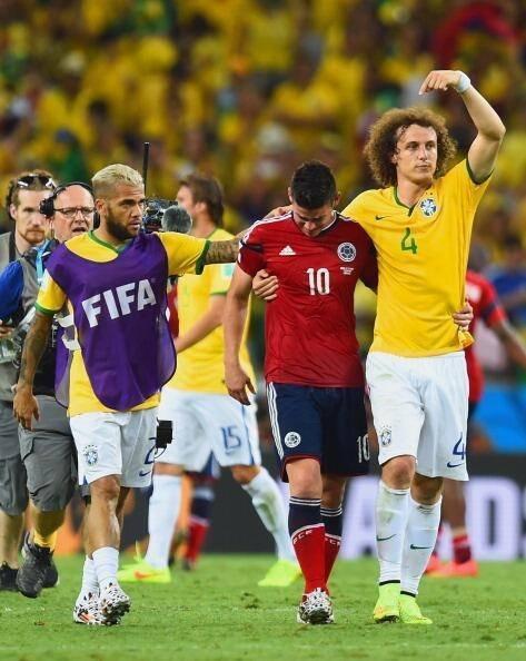 «почему молчат самые известные игроки? пора показать лицо не в рекламе парфюма». боатенг мощно выступил против расизма –первым из футболистов