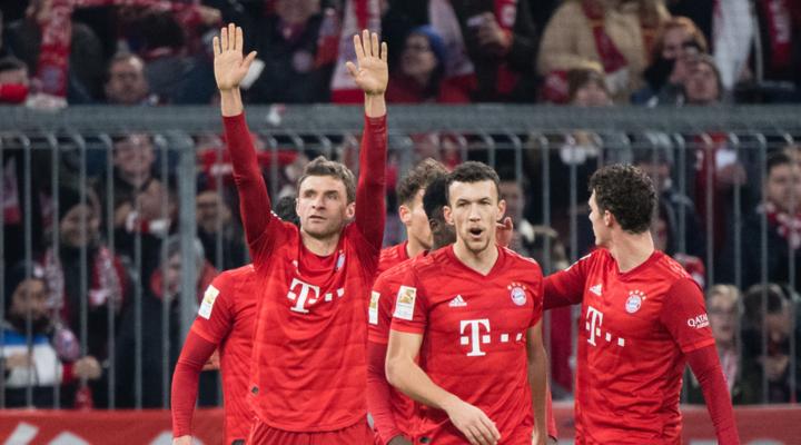 Серебряная салатница— чемпионский трофей немецкого футбола!