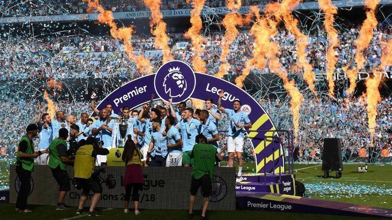 Футбольный рынок дико сложный: топ-клубы путаются в правилах, а игроки не знают свою зарплату