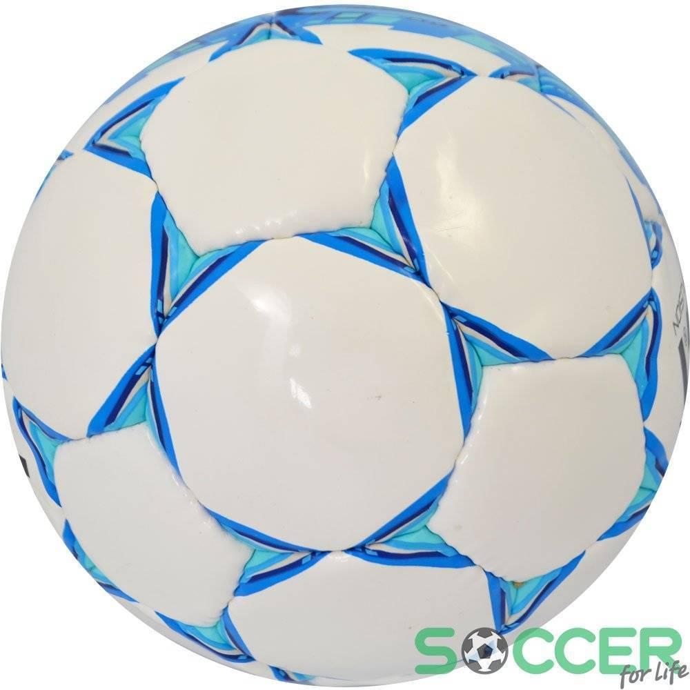 Как правильно выбрать футбольный мяч для ребенка