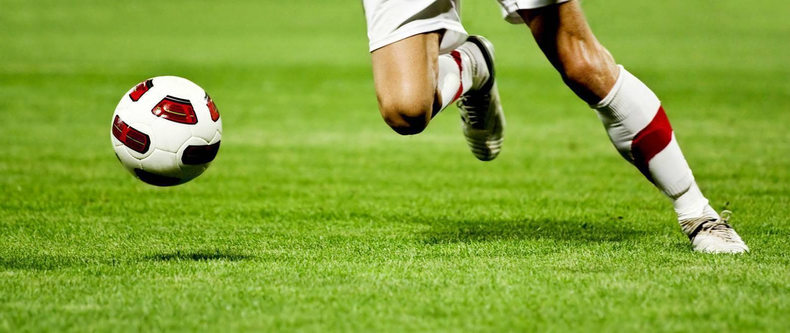 Самые быстрые футболисты за всю историю человечества