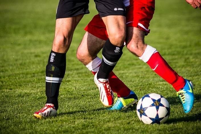 Проходные ставки на фолы в футболе – на что ставить