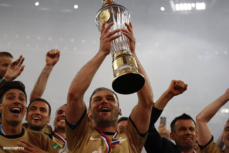 Зрелище на миллиард. бюджеты российских футбольных клубов в 2011 году