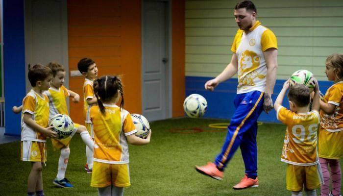 Как стать футбольным агентом в россии: обучение и работа