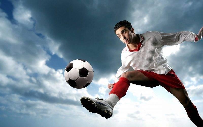 Одежда и обувь для футбола - как выбрать?