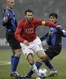 Дриблинг Ведение мяча в футболе