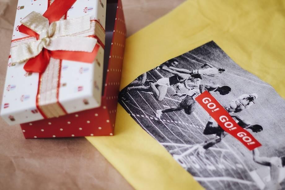 Топ-125 оригинальных подарков другу на 30 лет