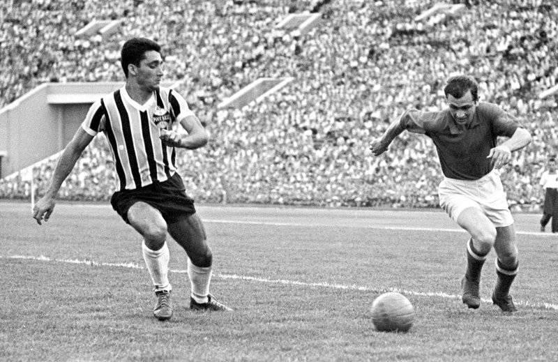 Футбольные финты: 6 самых легендарных трюков