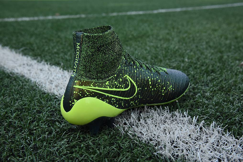 Футбольный сезон: лучшие футбольные бутсы 2018 года