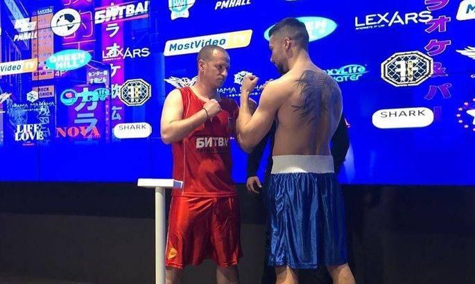 Алиев дебютировал в боксе и проиграл модели