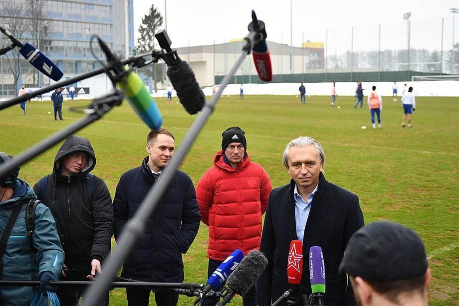 """Андрей лексаков: """"сегодня в футболе решают стандарты. и такие, как мбаппе с дзюбой"""""""